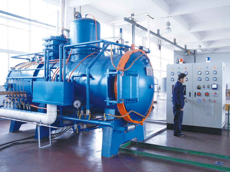 Hot and cold double chamber vacuum furnace